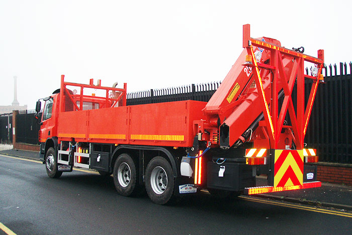 26 ton Aluminium dropside body with crane